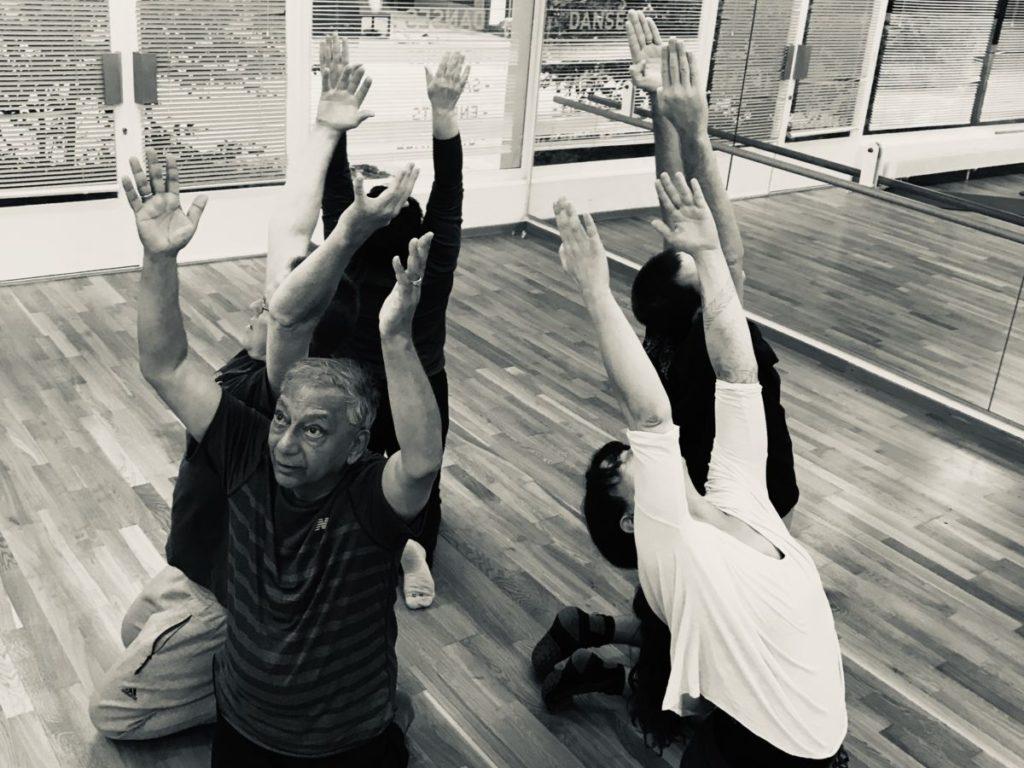 Photographie de danseurs aveugles #mouvement#danse#santé#équilibre#orientation#ancrage#aveugle#Genève